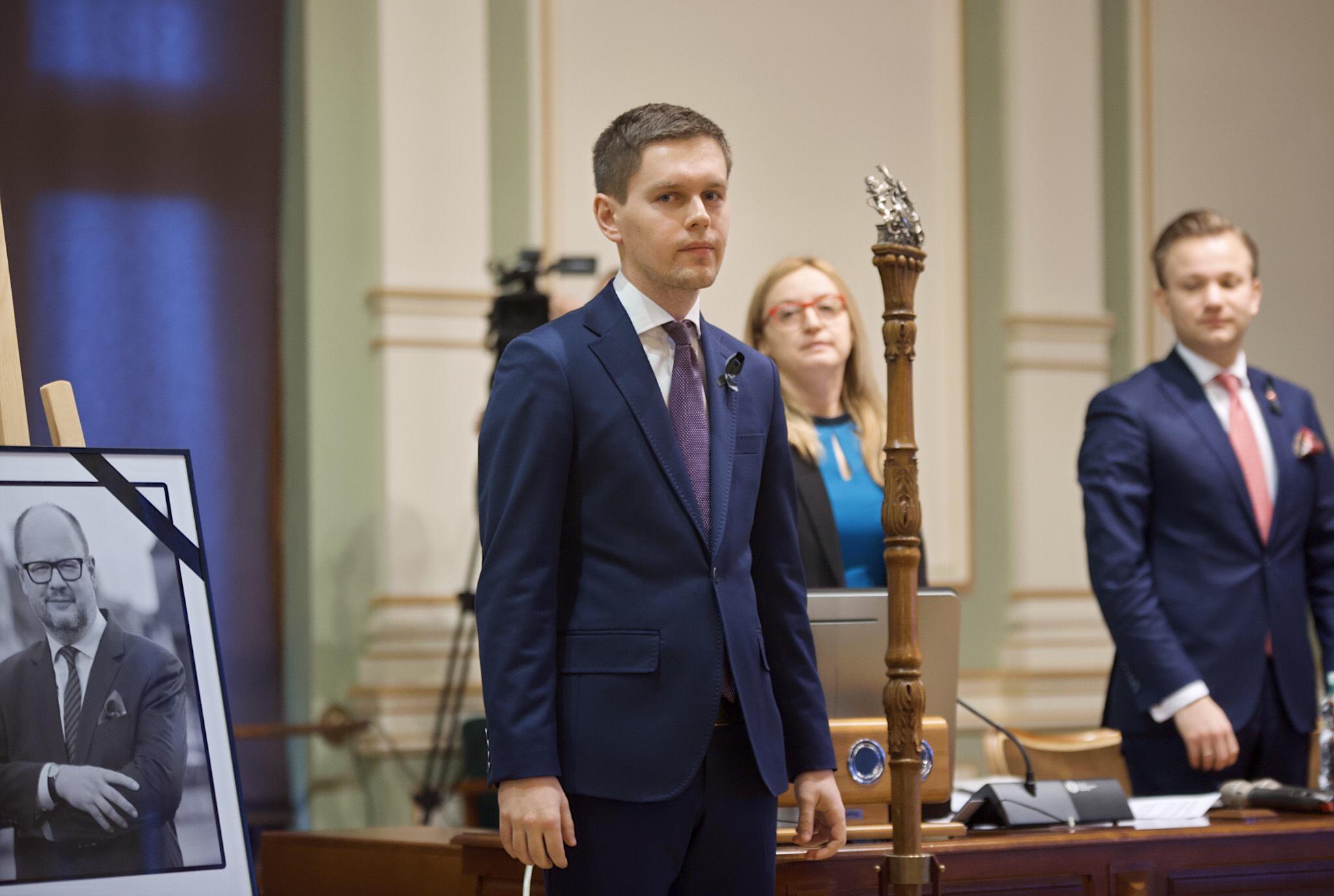 Michał Hajduk objął mandat radnego KO po Piotrze Borawskim, który powołany został na stanowisko zastępcy prezydenta Gdańska (fot. Dominik Paszliński/www.gdansk.pl)