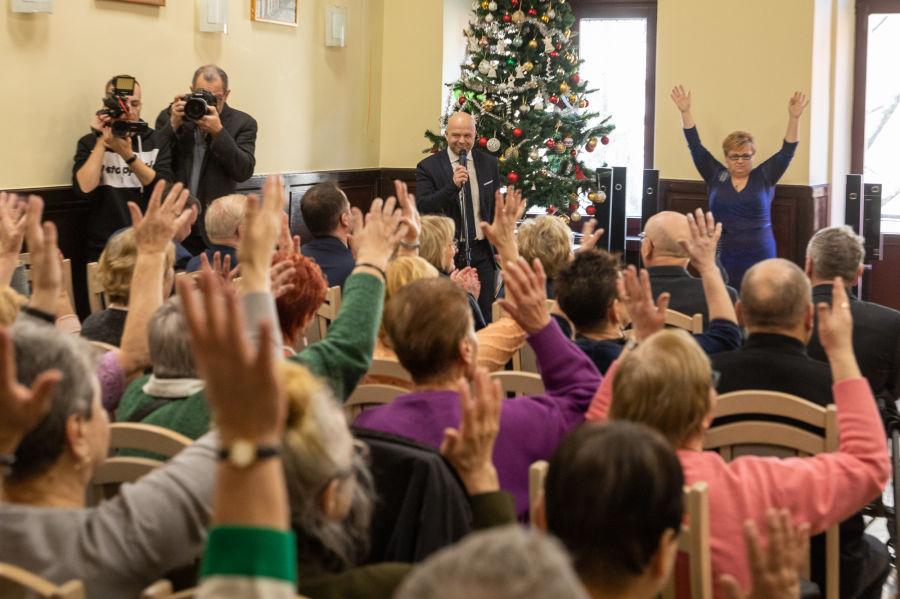 Klub Głuchego Seniora został utworzony w ramach Miejskiego Dziennego Domu Pomocy Społecznej (fot. Bogusław Świerzowski / krakow.pl)