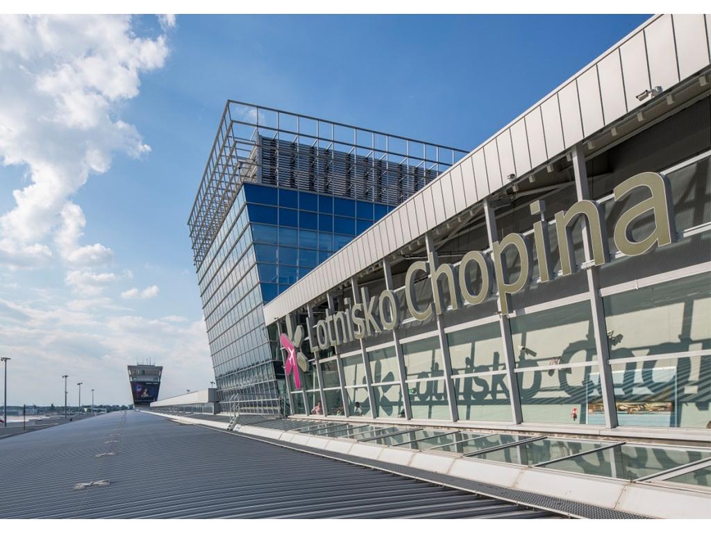 W 2018 r. udział krajowych portów regionalnych w całości ruchu pasażerskiego obsłużonego w Polsce wyniósł 61 proc. Pozostałe 39 proc. ruchu pasażerskiego skorzystało z siatki połączeń Lotniska Chopina w Warszawie (fot. lotnisko-chopina.pl)