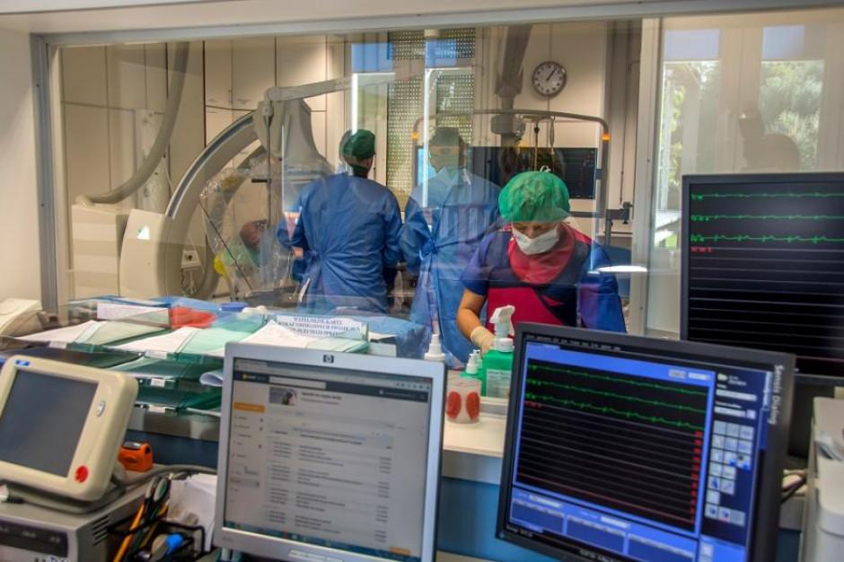 Mieszkańcy Gliwic domagają się finansowania kardiologii inwazyjnej