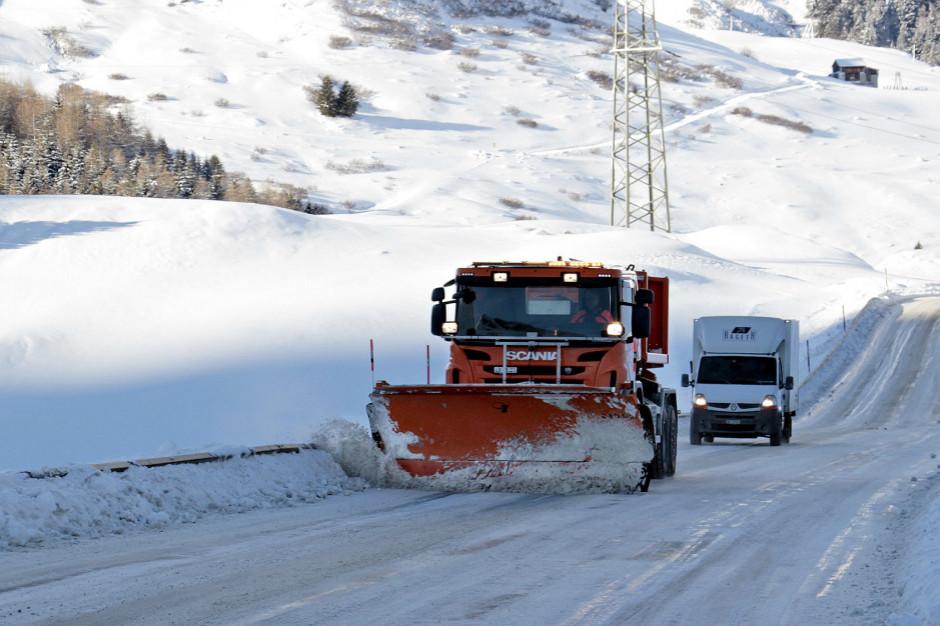 GDDKiA: prawie w całym kraju opady śniegu i śniegu z deszczem
