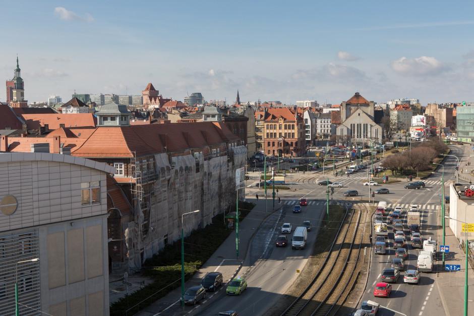 Poznań szuka sposobu na nielegalne reklamy