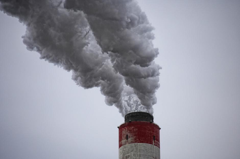 Mazowieckie: Dodatkowe 100 mln zł na walkę ze smogiem