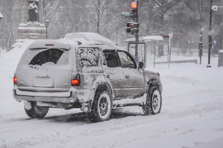 Śląsk: Bardzo trudne warunki na drogach