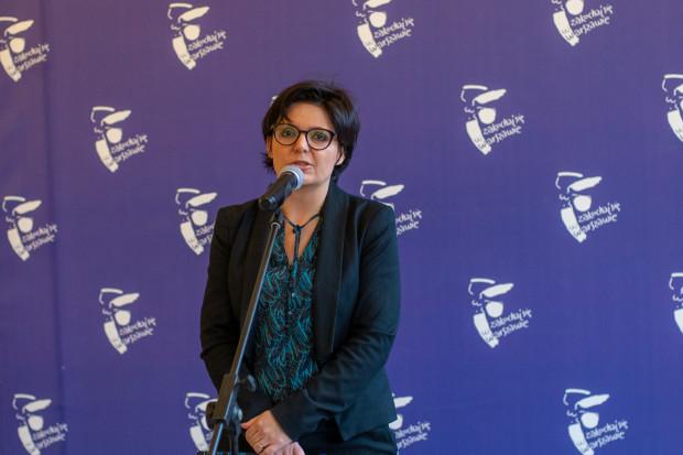 Nowe biuro nadzoruje Justyna Glusman, koordynatorka ds. zrównoważonego rozwoju i zieleni (fot. R.Motyl/UM Warszawa)