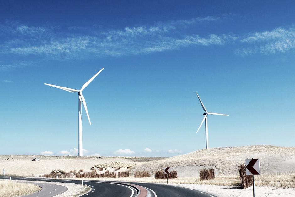 Samorządy skorzystają na liberalizacji przepisów dla wiatraków?