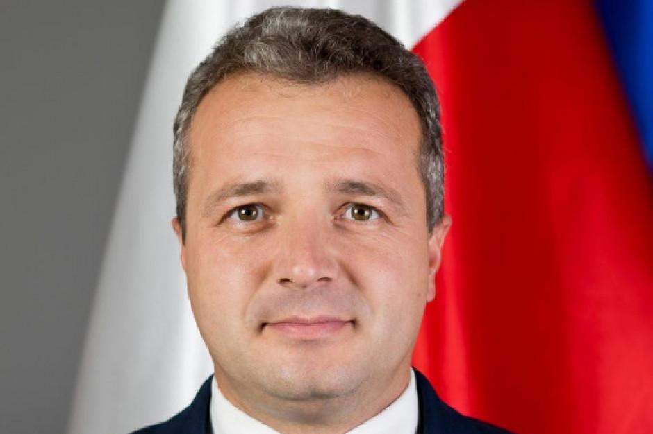 Wojewoda kujawsko-pomorski zgłasza obiekcje dot. przetargu na dostarczenie Warszawie tramwajów