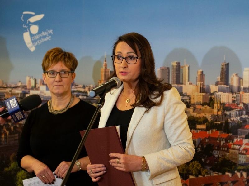 Renata Kaznowska wiceprezydent Warszawy podczas konferencji (fot. E.Lach/um.warszawa.pl)
