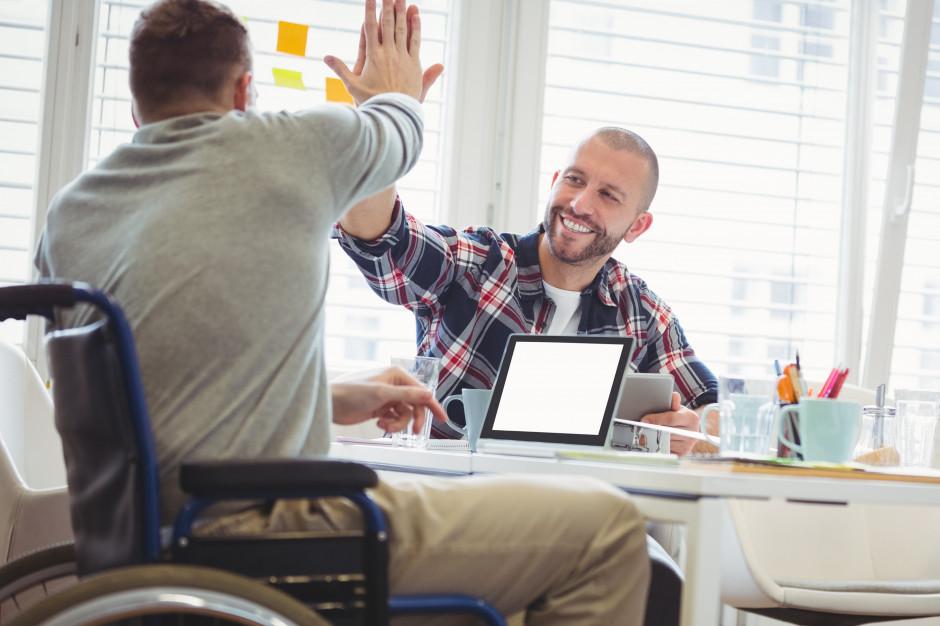 Niepełnosprawni mogą już korzystać z e-niezbędnika