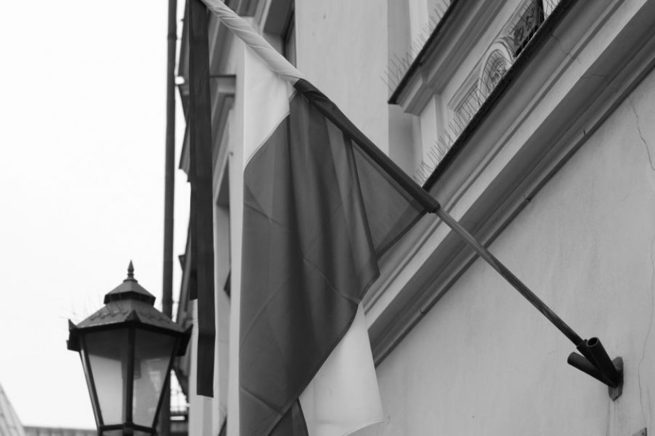 Żałoba po śmierci Jana Olszewskiego. Kraków wystawił księgę kondolencyjną