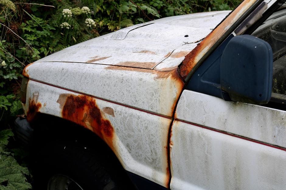 Kalisz: Wraki samochodów znikną z ulic miasta