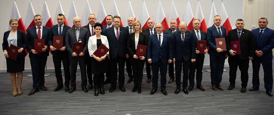 Samorządy z Mazowsza otrzymały łączną pomoc w wysokości blisko 19,8 mln zł, a z Łódzkiego ponad 4,5 mln zł (fot. MSWiA)