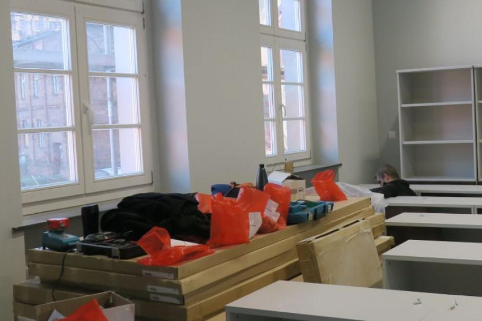 Prace rewitalizacyjne w dawnym szpitalu w Rybniku potrwają do wiosny