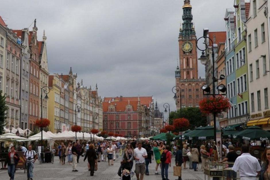 Władze Gdańska: konieczne zgłoszenie przed ponownym montażem pomnika ks. Jankowskiego