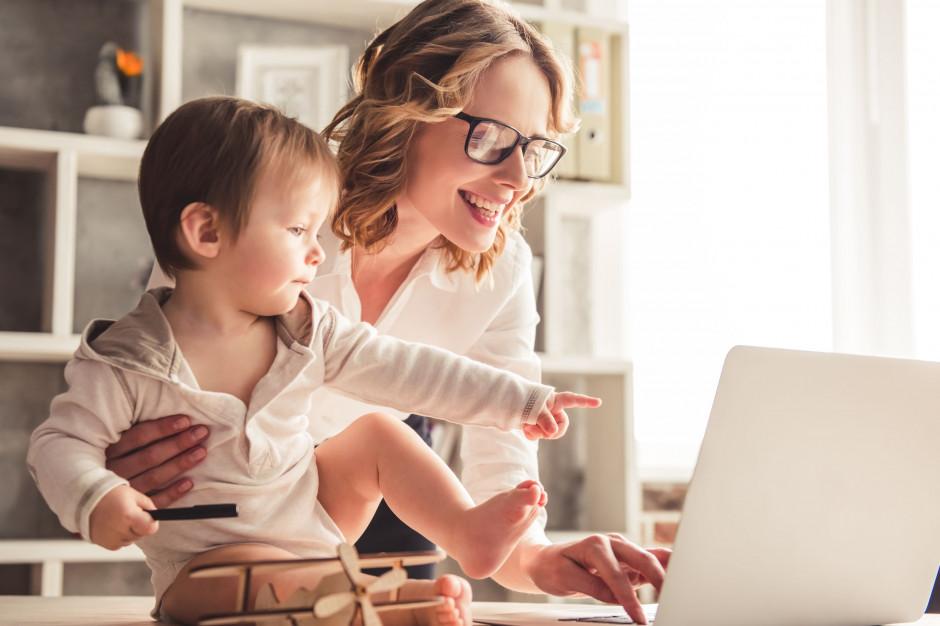 Mama 4 Plus: Wnioski o emerytury dla matek już spływają