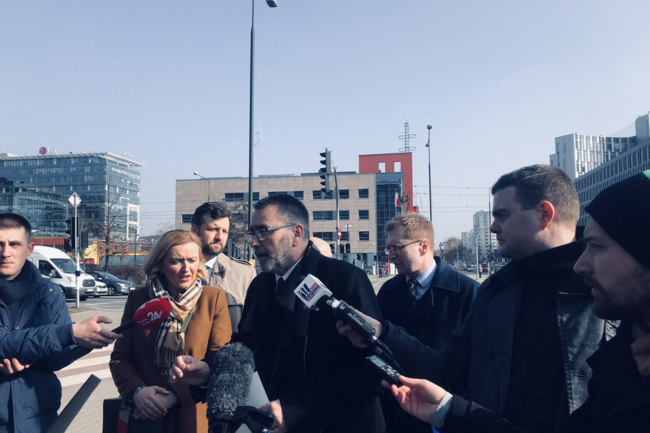 Warszawa: Radni PiS apelują o spełnienie obietnic z kampanii wyborczej PO