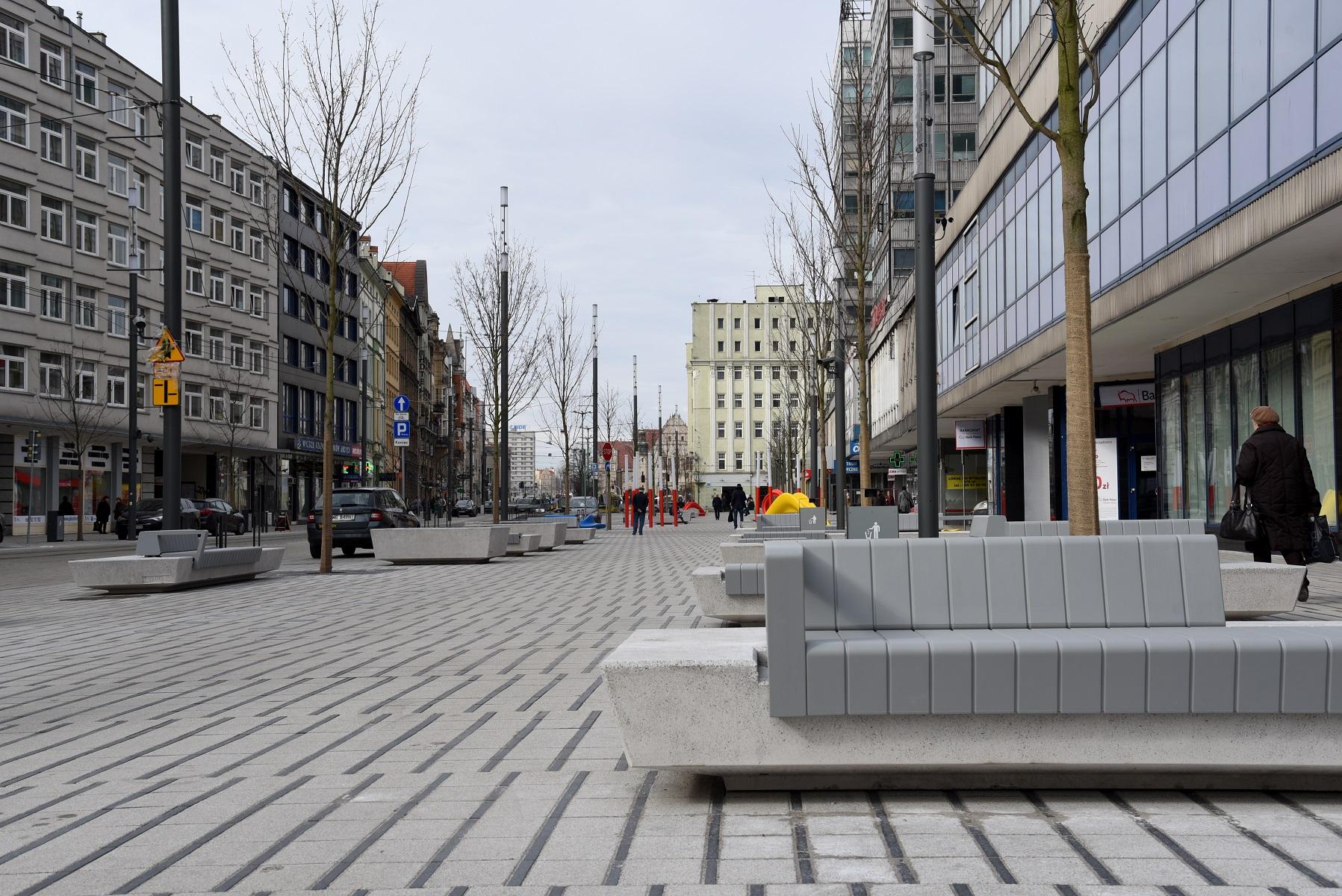 zakończyła się przebudowa ul. Święty Marcin, pomiędzy ulicami Gwarną a Ratajczaka (fot.poznan.pl)