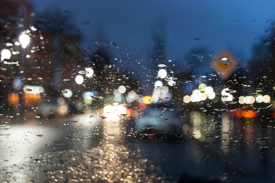 GDDKiA: Deszcz może powodować utrudnienia na drogach