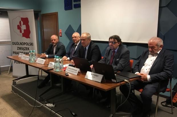 Wspólna konferencja prasowej OZPSP oraz Związku Powiatów Polskich odbyła się 5 marca (fot. mat.pras.)