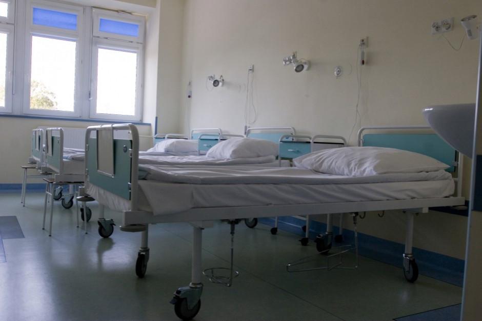 Szpitale powiatowe ofiarą kryzysu w służbie zdrowia. Apelują do premiera i ministra