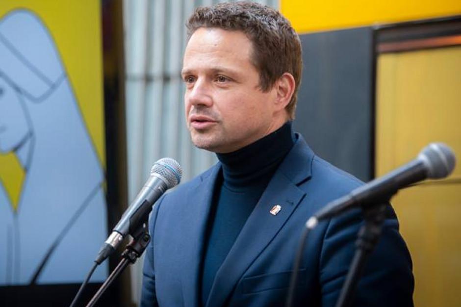 Trzaskowski: PiS opowiada bzdury o rzekomych planach deprawowania dzieci