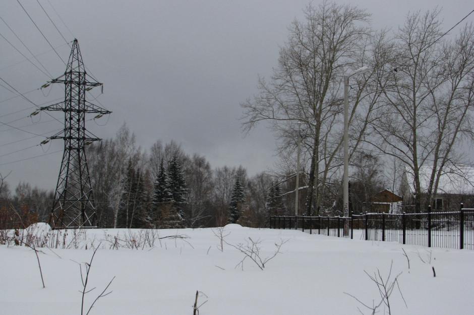 Śląskie. Około 72 tys. odbiorców bez prądu po nocnych wichurach