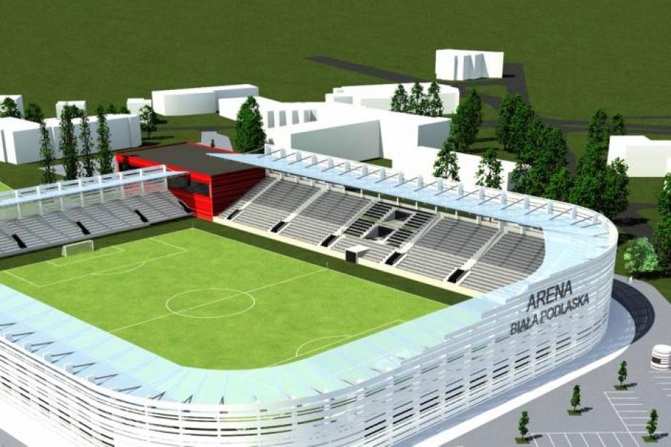 Przebudowa stadionu w Białej Podlaskiej. Miasto dostało 2 mln zł od ubezpieczyciela
