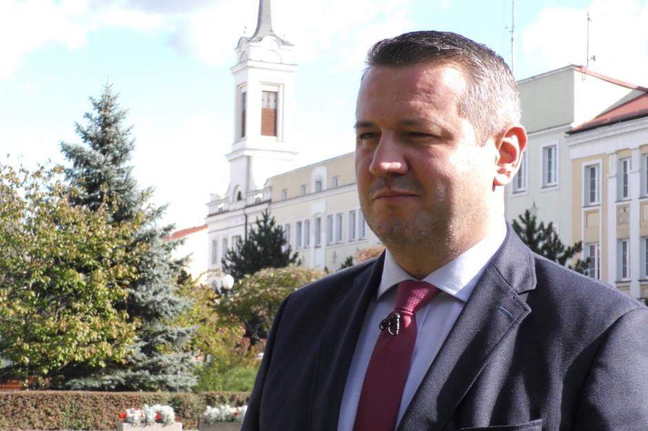 Łukasz Kulik, prezydent Ostrołęki: budżet miasta poparli radni partyjni i bezpartyjni