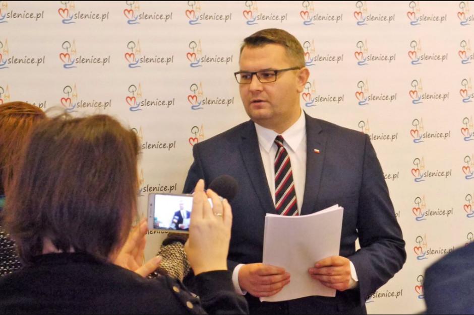 Burmistrz Myślenic otrzymał maile z pogróżkami