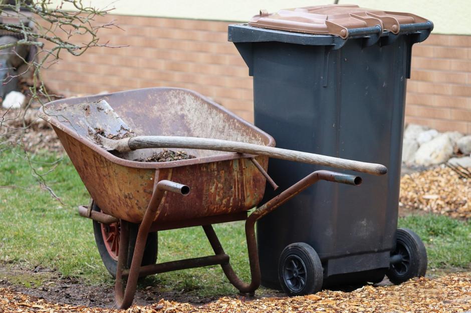 Kontrole nieruchomości niezamieszkałych w zakresie gospodarowania odpadami