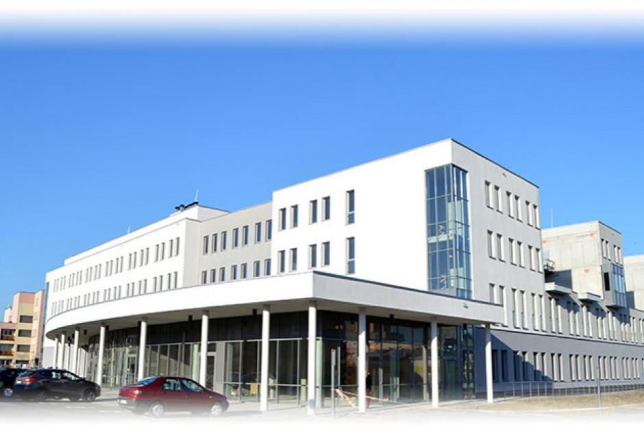 Władze Dąbrowy Górniczej chcą poprawić działanie miejskiego szpitala. Pomoże nowy dyrektor?