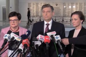 Posłowie PO-KO: premier powinien zdymisjonować minister Zalewską i osobiście rozmawiać z nauczycielami
