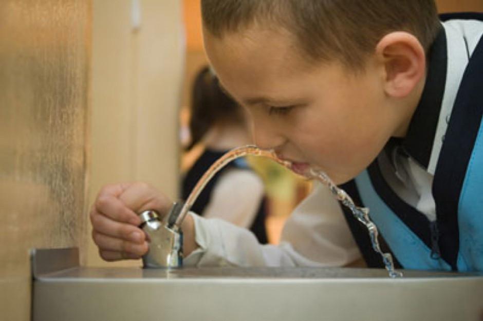 W Polsce jakość 99,7 proc. wody w wodociągach jest zgodna z wymaganiami