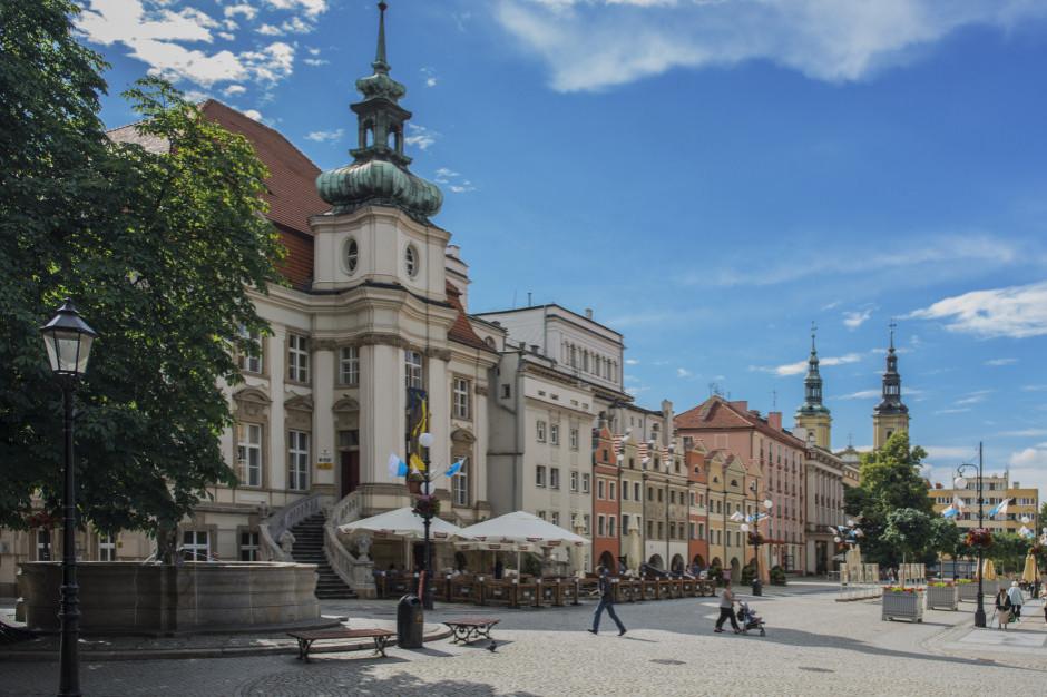 MIiR: 500 mln zł na rozwój małych i średnich miast z funduszy norweskich