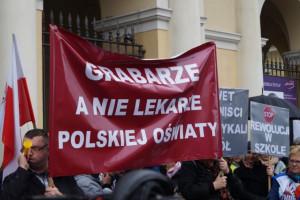 Duże poparcie dla strajku nauczycieli w Koszalinie