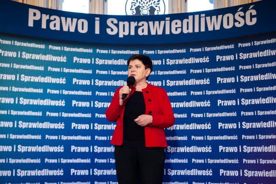 Beata Szydło: Broniarz zachowuje się jak polityk a nie szef związku