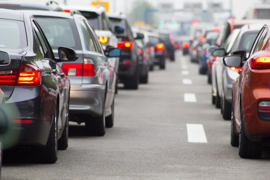 Hałas przy autostradzie nie daje żyć mieszkańcom. NIK alarmuje marszałka i ministra