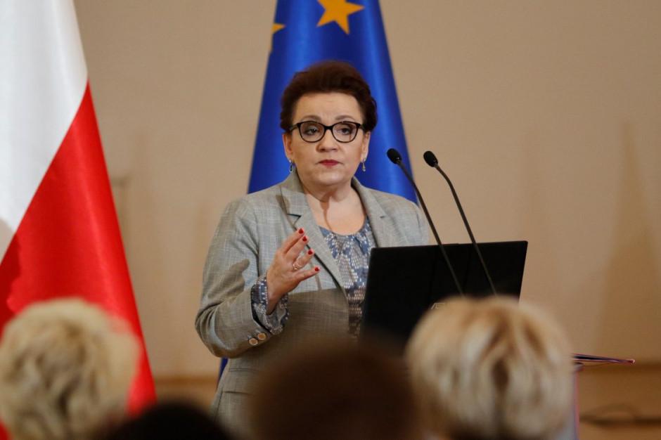 Zalewska: Atak Schetyny przeciwko mnie i reformie edukacji świadczy o jego słabości