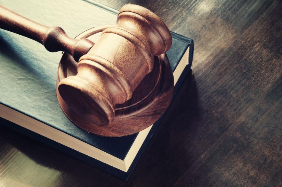 Włoszczowa: Były skarbnik oskarżony o przywłaszczenie mienia starostwa