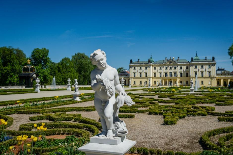 Restauracji rzeźb w ogrodach Pałacu Branickich w Białymstoku