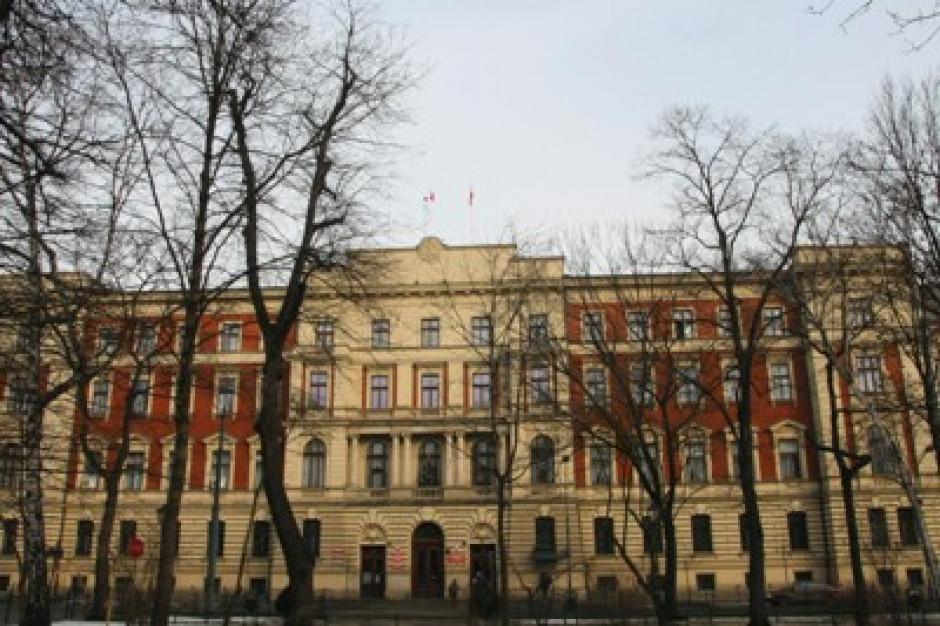 Naruszenie praw pracowniczych w Małopolskim Urzędzie Wojewódzkim?