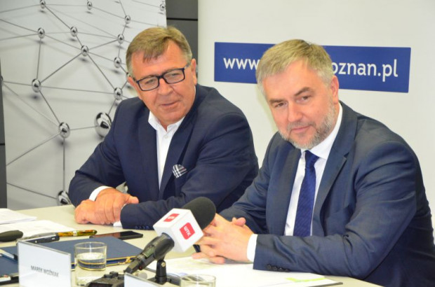 Jan Grabkowski i marszałek Marek Woźniak (fot. zdp. poznan.pl)