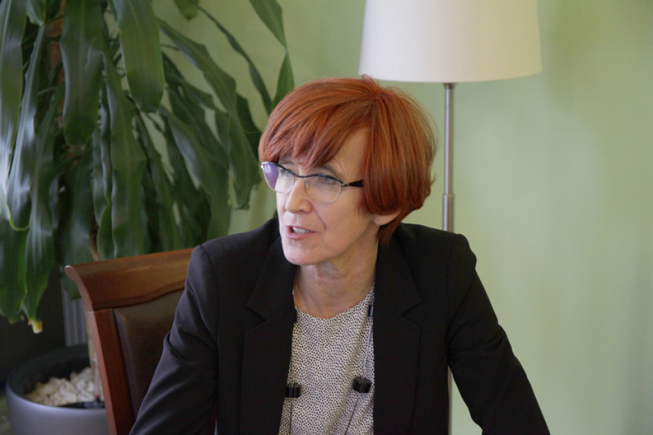 Elżbieta Rafalska: 110 mln zł na opiekę wytchnieniową dla opiekunów osób niepełnosprawnych