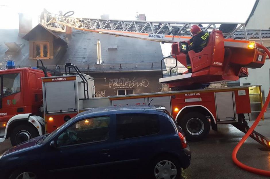 Policja zatrzymała podejrzewanego o wzniecenie pożaru w kamienicy w Bielsku Białej