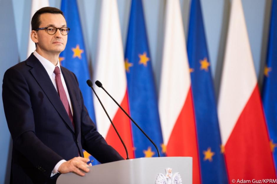 Kancelaria Premiera zapewnia: Podwyżki do 8 tys. zł nie spowodują zwolnień