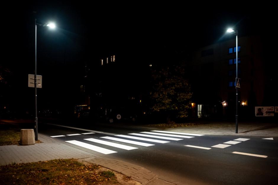 W tym roku Warszawa doświetli 400 przejść dla pieszych