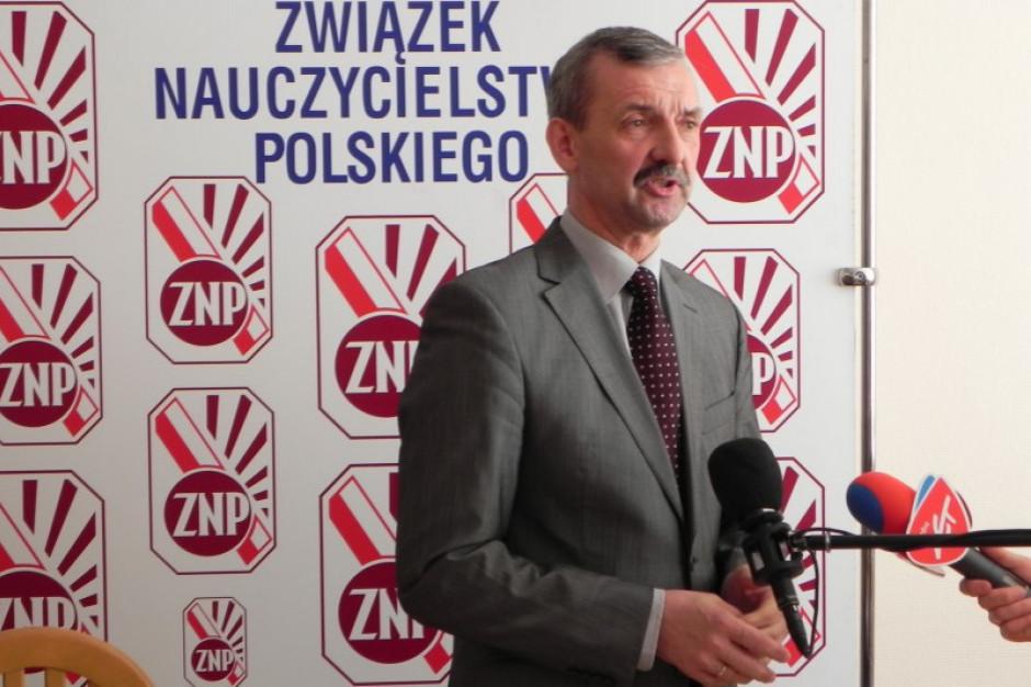 """Sławomir Broniarz: o godz. 14.45 przedstawiciele ZNP będą w """"Dialogu"""""""
