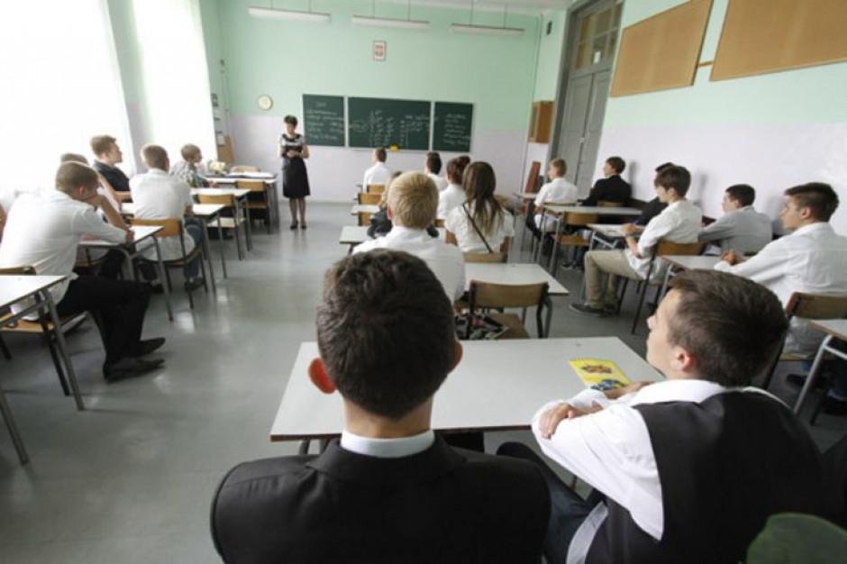Władze Łodzi: egzaminy odbędą się we wszystkich 41 gimnazjach