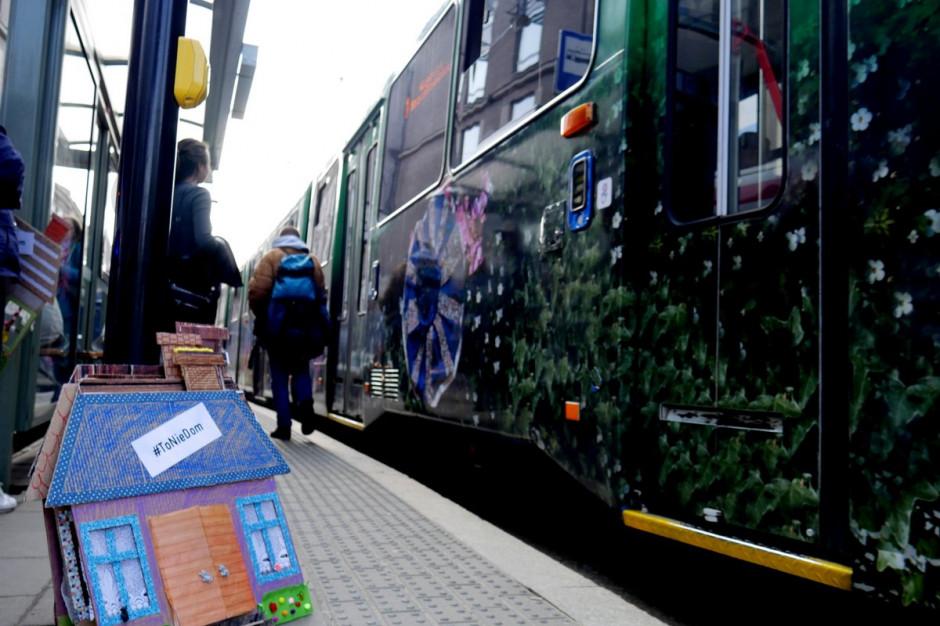 Kraków: W Dniu Ludzi Bezdomnych akcja #ToNieDom