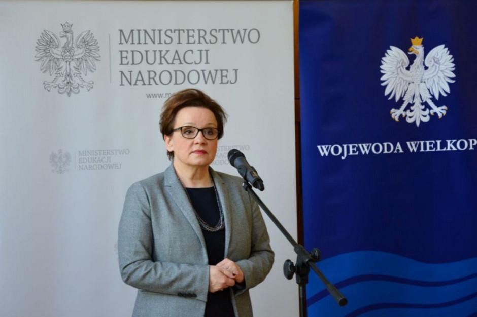 Anna Zalewska: nie ma żadnych powodów do tego, żeby zmieniać kalendarz szkolny